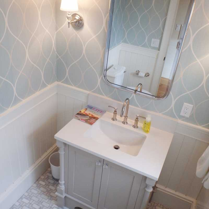 Tilery.capecod.marble.powderroom.tile.floor