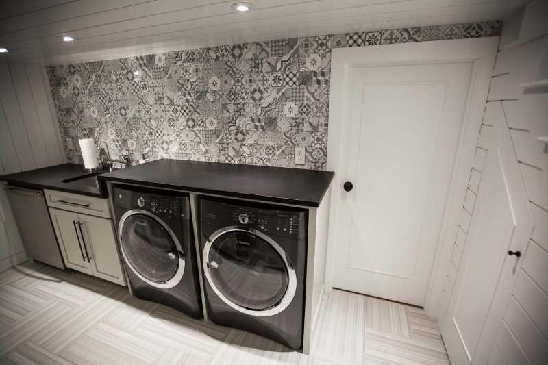 Tilery.laundry.tile.capecod