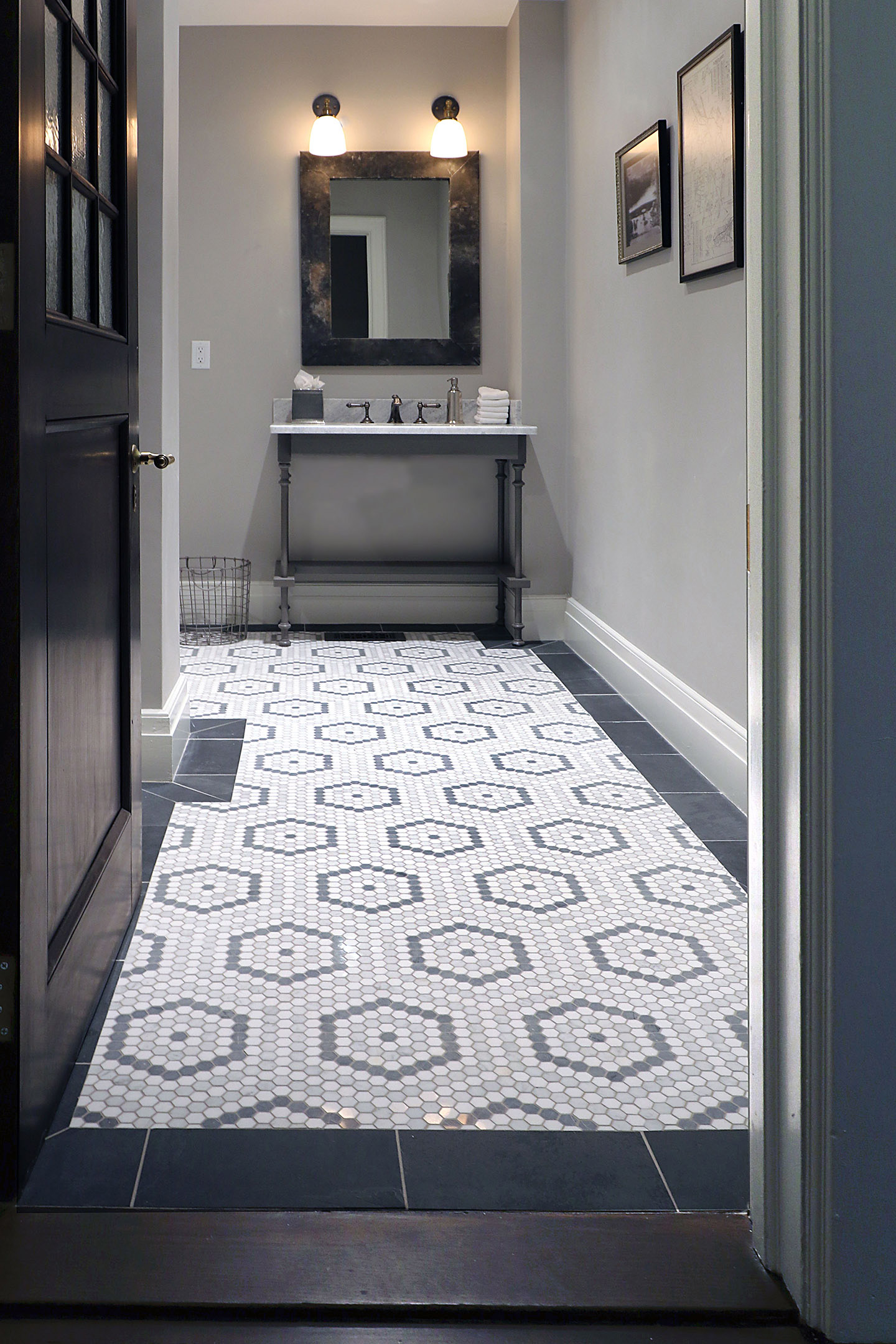 Inspiring Baths Marble Hexagon Mosaic Bath Floor At The Tilery Your New England And Cape Cod Tile Experts