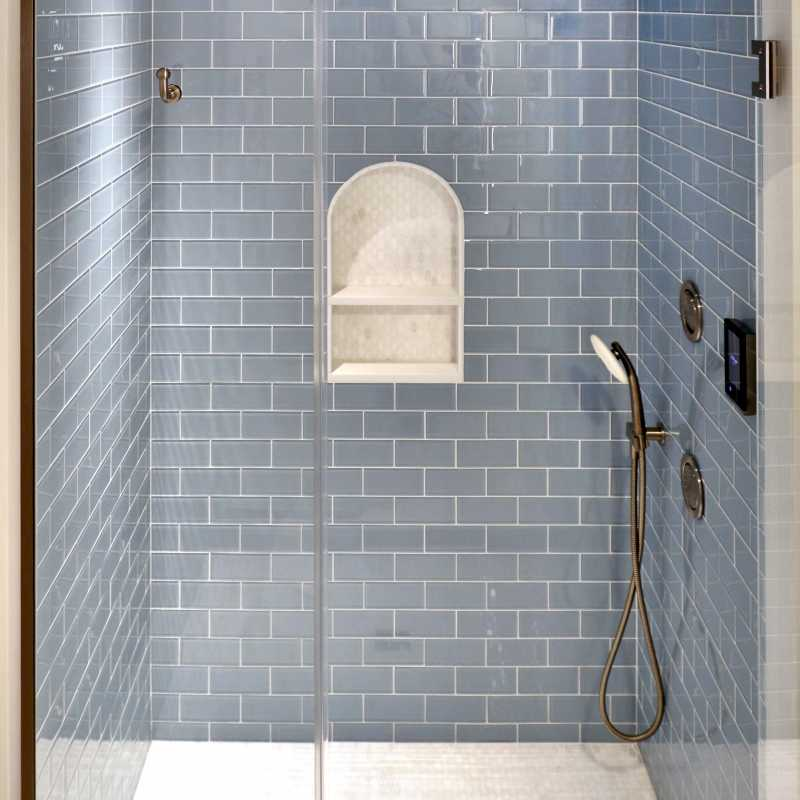 Bathroom1 com